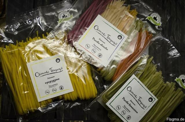 Glutenfreie Pasta, hypoallergen in großen Mengen.