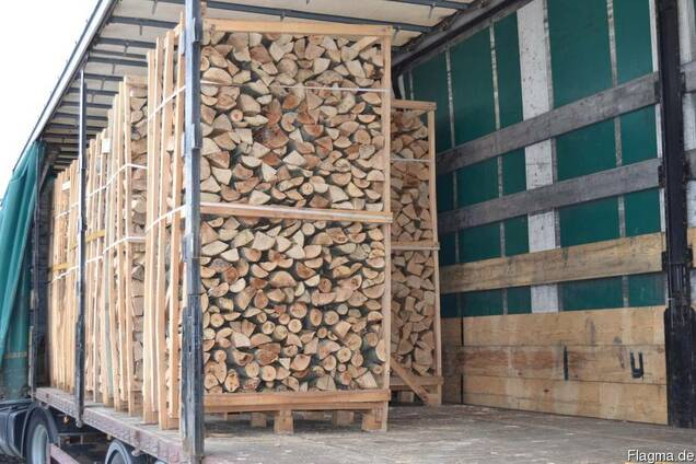 Купим бук/граб, 25-33см дрова сухие на експорт, 5 машин
