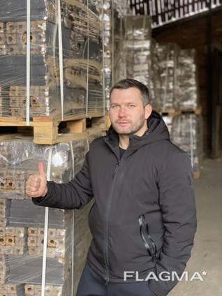 Pini Kay Brikett und Nestro Brikett, Eiche Export Import nach Deutschland