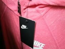 Спортивная одежда оптом Куртки брюки толстовки спортивные Сток оптом со склада в Германии