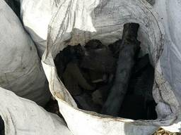 Уголь древесный (дуб – 85%, ясень – 15%)