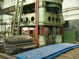 Hydraulic stamping press with sliding table force 3150t - photo 2